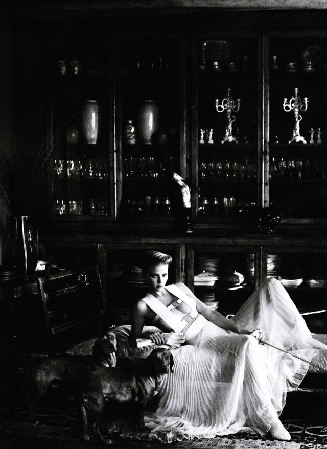 Lara Stone photographed by Mario Testino for Vogue US January 2011